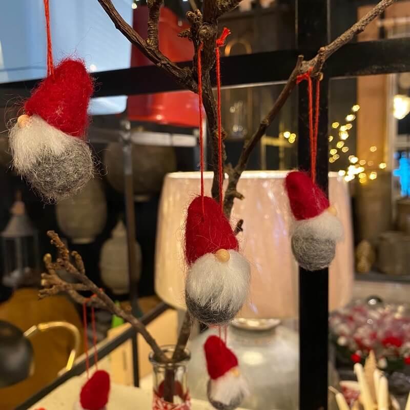 6 Santa Head Decorations