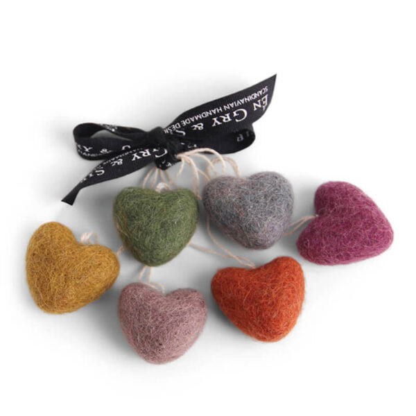 cluster-of-felt-heart-decorations